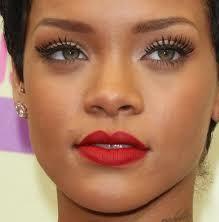 Rihanna Hazel Eyes.jpg
